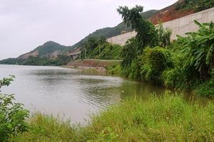 Đà Nẵng: Dân thấp thỏm bởi bờ kè sông Cu Đê còn dang dở