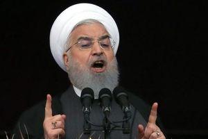 Iran 'nắn gân' Mỹ: Kẻ xâm lược sẽ bị hủy diệt trong chớp mắt
