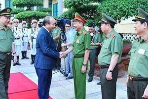 Thủ tướng Nguyễn Xuân Phúc dự Hội nghị sơ kết công tác Công an 6 tháng đầu năm