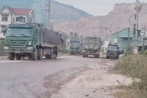 Bắc Giang: Cấp phép một đằng, vận chuyển khoáng sản một nẻo!