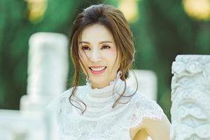 'Tiểu Long Nữ' Lý Nhược Đồng khóc kể bị đạo diễn gạ tình