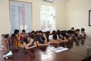 Bắt giữ 30 đối tượng sử dụng ma túy trong quán karaoke ở Vĩnh Phúc