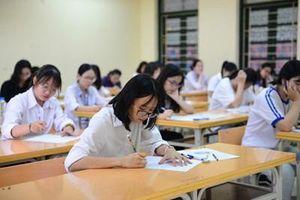 Thí sinh Sơn La, Lào Cai phải thi lại Ngữ văn bằng đề dự bị