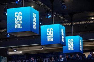 Apple 'buộc' Intel bán đấu giá bằng sáng chế modem smartphone