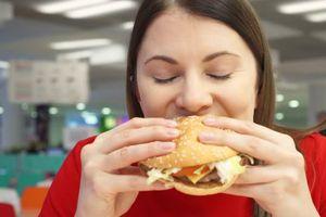 Điều tai hại gì xảy ra khi bạn thường xuyên ăn nhanh?
