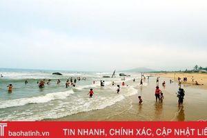 Biển Kỳ Xuân đón trên 60.000 lượt khách du lịch