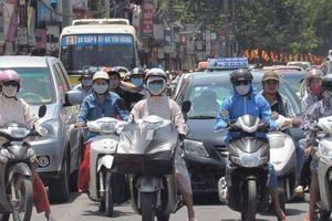 Nắng gay gắt, cảnh báo tia tử ngoại tại Hà Nội ở ngưỡng nguy hại