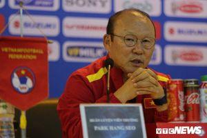 Bóng đá Việt Nam có biến Park Hang Seo thành HLV Hàn Quốc nhận lương cao nhất thế giới?