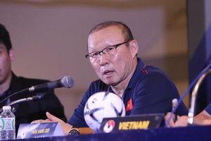 Người đại diện hé lộ điều quan trọng trong hợp đồng mới của HLV Park Hang-seo