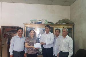 PC Quảng Ngãi ủng hộ CBCNV có hoàn cảnh khó khăn