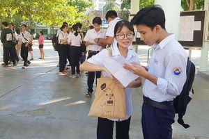 Hàng trăm thí sinh Khánh Hòa có 3 môn dưới 5 điểm vẫn đậu lớp 10
