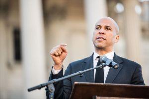 Bầu cử Mỹ 2020: Ứng cử viên Booker có ngày gây quỹ cao thứ hai sau cuộc tranh luận đầu tiên