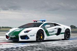 Top 10 siêu xe đình đám của cảnh sát Dubai
