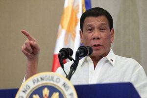 Tổng thống Philippines dọa bỏ tù người đòi luận tội ông vì 'làm bạn' với Trung Quốc