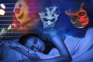 Những suy nghĩ kỳ quặc khiến bạn khó chìm vào giấc ngủ