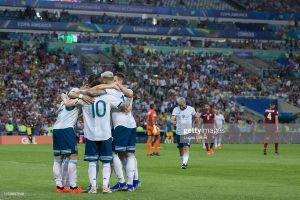 Đè bẹp Venezuela, Messi hẹn Brazil ở bán kết Copa America 2019