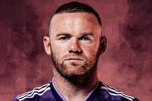 Rooney ghi bàn cuối trận giúp đội nhà thoát thua
