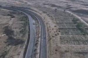 Tuyến đường sắt xuyên sa mạc dài gần 1.000 km hoành tráng ở Nội Mông