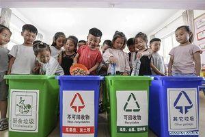Trung Quốc nâng cao ý thức người dân về phân loại rác
