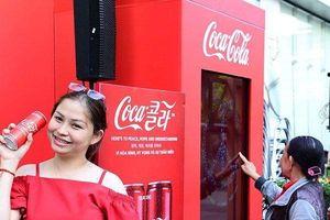 Cấm quảng cáo Coca-Cola vì thuần phong mỹ tục: Chuyên gia quản lý văn hóa phản bác