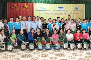 Thái Nguyên: Tiếp nhận và phát miễn phí bếp đun tiết kiệm năng lượng