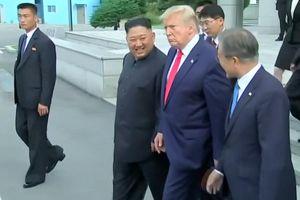 Video ông Trump tiễn ông Kim về nước sau cuộc gặp lịch sử ở DMZ
