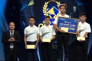 Nam sinh Thái Bình với biểu cảm 'thật không thể tin nổi' giành vé thi tháng Olympia