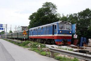 Tàu hỏa trật bánh liên tiếp do chất lượng toa tàu, đường ray