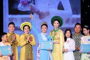 20 búp sen tỏa hương sắc trong đêm chung kết Gương mặt Đại sứ áo dài VN bảng Thiếu niên- Thiếu nhi