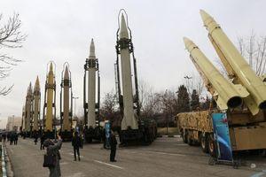 'Không có nước nào ngoại trừ Iran dám chống lại Mỹ'