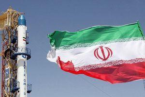 Iran tuyên bố đã vượt qua hạn mức uranium được phép sản xuất