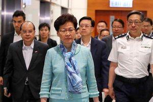 Lãnh đạo Hong Kong 'phẫn nộ, đau buồn' trước vụ bạo loạn 1-7