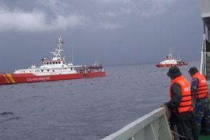 Thợ lặn đã tiếp cận vị trí tàu NA 95899 TS bị chìm