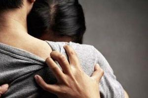Giáng chức trung tá công an quan hệ bất chính với vợ người khác