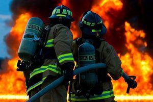 Hỏa hoạn lớn tại một khu liên hợp khí đốt ở Algeria