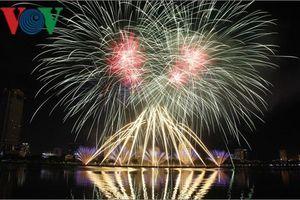 Đà Nẵng hút khách du lịch từ lễ hội Pháo hoa Quốc tế