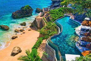 Hoàng hôn trên biển và cảnh sắc vạn người mê ở Bali