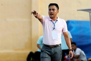 'Lò xay' huấn luyện viên ở V-League