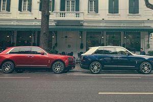 Bộ đôi Rolls-Royce Cullinan gần 100 tỷ trên phố Hà thành