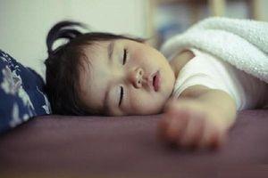Khi lên 6 tuổi, mẹ nhận ra sự khác biệt của đứa trẻ ngủ và không ngủ trưa thì đã quá muộn