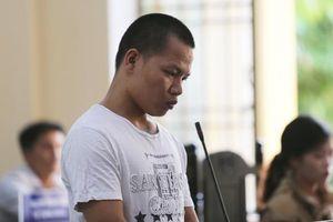 Quảng Nam: Say rượu nhớ lại chuyện bị cấm yêu, 9x đâm tử vong mẹ người yêu cũ