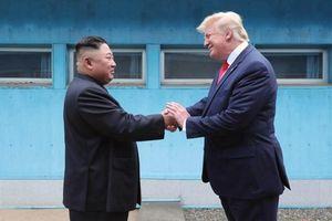 'Kết thân' với nhà lãnh đạo Triều Tiên, ông Trump đang toan tính điều gì?