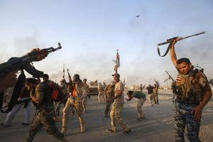 Tránh khó xử và vạ lây, Iraq 'ghìm cương' lực lượng dân quân Shiite