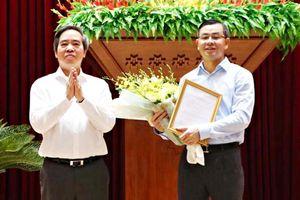 Phó ban Kinh tế T.Ư luân chuyển làm Phó bí thư Tỉnh ủy Hòa Bình