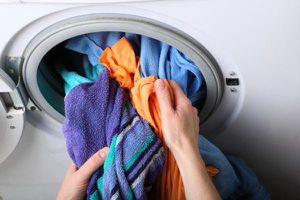 Những sai lầm sử dụng máy giặt gây tốn điện, hỏng quần áo