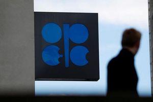Nỗi lo tăng trưởng toàn cầu đẩy giá dầu sụt mạnh