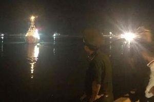 Bảy thuyền viên còn lại của tàu cá Nghệ An được đưa về quê nhà an toàn