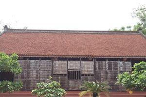 Mãn nhãn với ngôi nhà gỗ mít 'siêu khủng' của lão nông Hà Nội