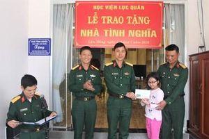 Học viện Lục quân trao tặng nhà tình nghĩa