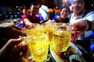 Cấm ép buộc người khác uống rượu, bia từ năm 2020